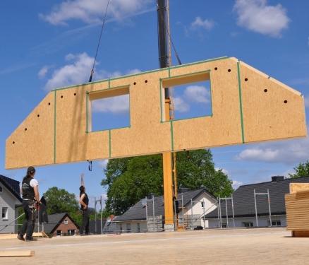 Foto Arbeit Holzbau Gebäude