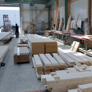Produktionshalle Holzbau ZHG Holz & Dach