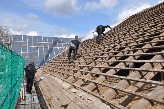 Dachsanierung und Dachstuhlerneuerung