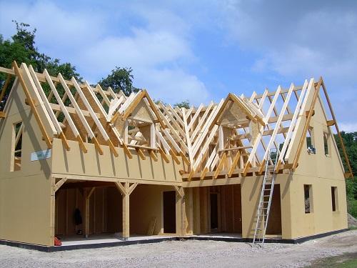 Holzrahmenbau mit ZHG Holz & Dach