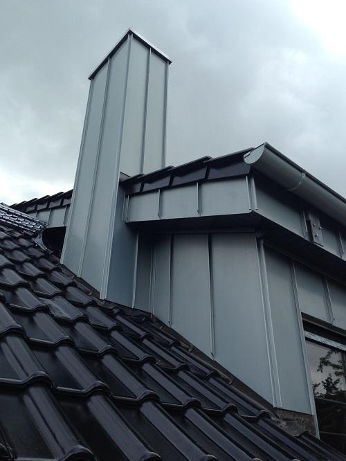 Zink Stehfalz vorbewittert - Referenz Fassade