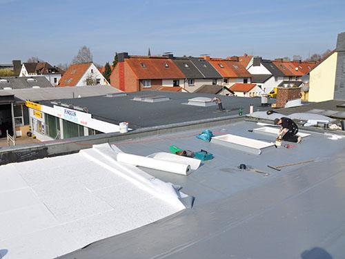 ZHG Holz & Dach Flachdach Sanierung Mitarbeiter