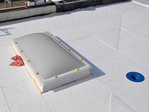 ZHG Holz & Dach Sanierung Flachdach Fenster